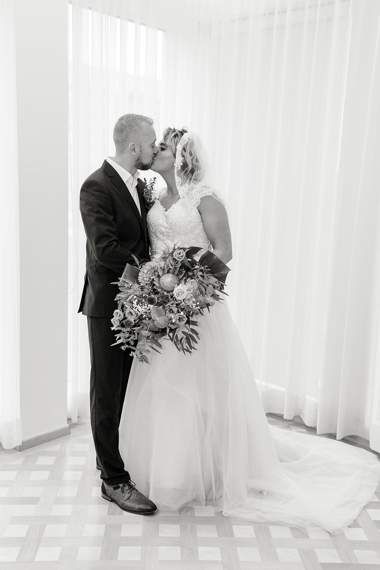 Trouwfotografie Bruidsportretten zwart-wit © Quo Fotografie